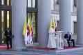 Pápež František začal svoju trojdňovú cestu po Zakaukazsku