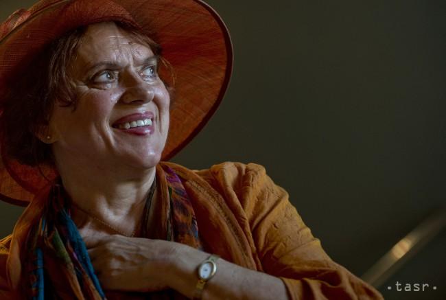 4274792380c32 Na snímke herečka Milka Zimková počas tlačovej konferencie 17. septembra  2014 v Bratislave. Foto: TASR/Martin Baumann
