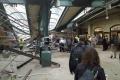 Vlak v USA nezastavil na konci slepej koľaje: Najmenej traja mŕtvi
