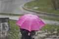 Meteorológovia varujú pred búrkami, môžu padať aj krúpy