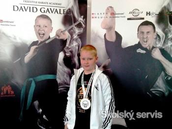 Dvanásťročný David je majster sveta v karate. Pätnásťnásobný!