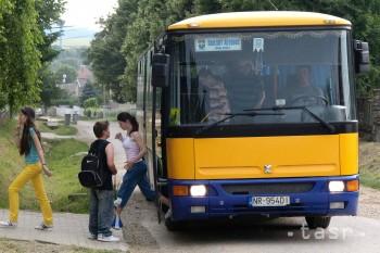 Rezort školstva dal tento rok na cestovné pre žiakov 7,5 milióna eur