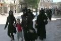 Desiatky sýrskych rodín opustili obliehané Aleppo