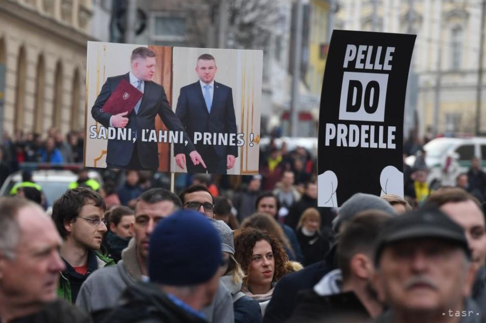 68b1f48bc Protestné zhromaždenia Za slušné Slovensko na Náme