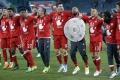 Bayern deklasoval Wolfsburg 6:0 a slávi titul, rekordér Lahm