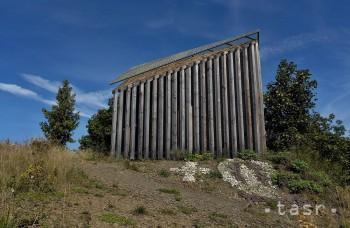 VIDEO: Kaplnka Vzkriesenia pri Poprade zaujme nezvyklou architektúrou