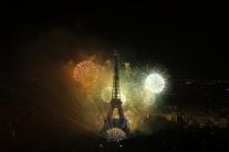 Slávnostný ohňostroj v rámci osláv Dobytia Bastily