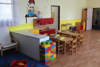 MŠVVaŠ SR počíta s postupným zvyšovaním zaškolenosti detí od 4 rokov
