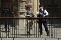 Mayová: Británia znížila stupeň teroristickej hrozby na druhý najvyšší