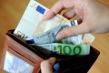 Dievčatá našli peňaženku s viac ako 600 eurami, vrátili ju majiteľovi