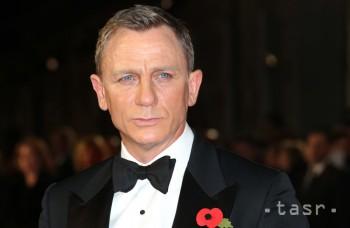 Daniel Craig si opäť zahrá Jamesa Bonda. Hudbu chcú zveriť Adele