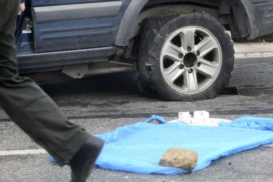 Streľba v Považskej Bystrici: Spolujazdec zomrel, vodič ťažko zranený