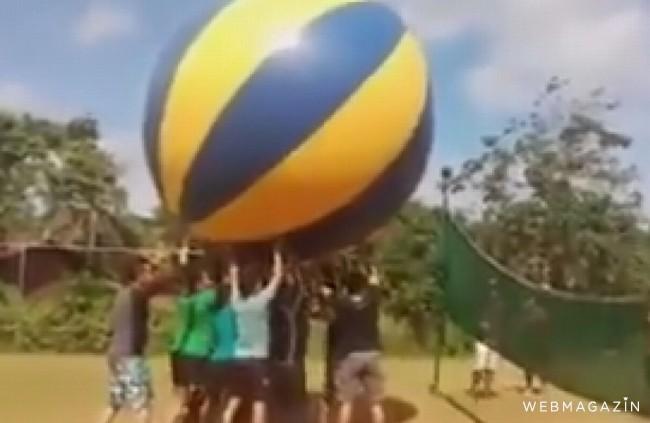 LIKE DŇA: Takýto volejbal ste ešte nevideli