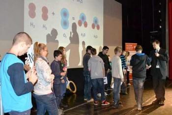 Petržalská super škola pokračuje prednáškou o vírusoch