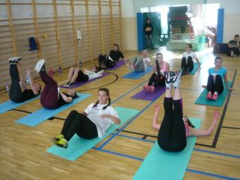 Súťaž dievčat v aerobiku v SPŠE Prešov