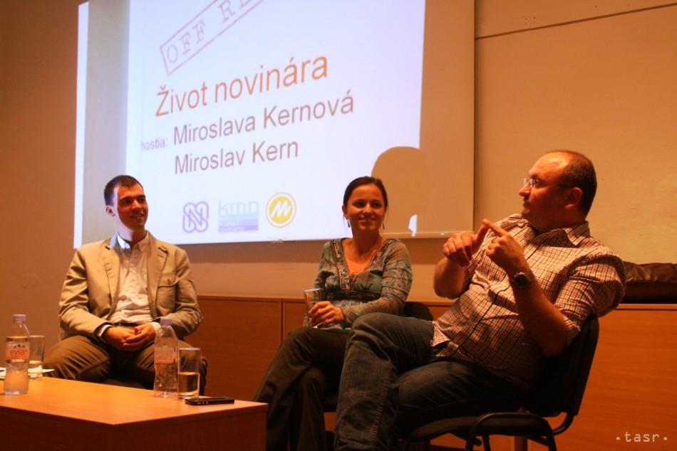 Beseda UK Bratislava žurnalisitka Miroslav Kern - Fotodenník ... ef57c82112b