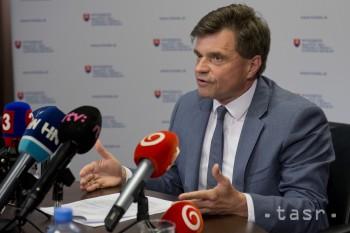 P. Plavčan doručí demisiu prezidentovi SR v najbližších dňoch