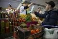Svetové ceny potravín v novembri klesli