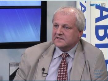 Na post rektora UKF sa po štvorročnej prestávke vráti Libor Vozár