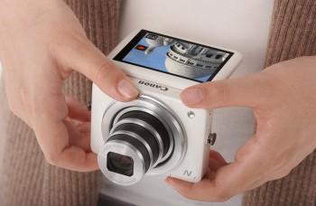 Nekonvenčný fotoaparát a lacné farebné tablety
