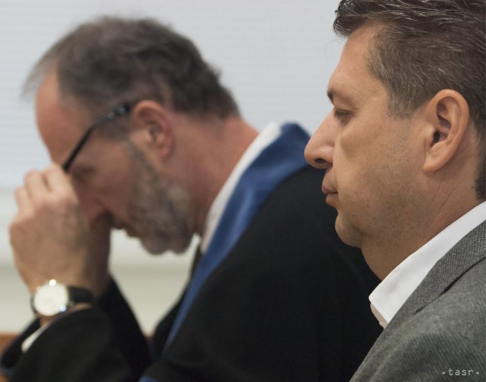 Okresný súd Bratislava I vyhlásil konkurz na majetok L. Bašternáka