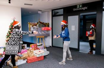 Stromček prianí splnil vyše 150 vianočných želaní