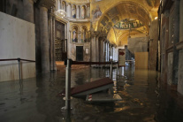 Voda v Bazilike sv. Marka