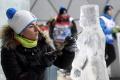 Na Hrebienku premenili sochári 50 ton ľadu na impozantné diela