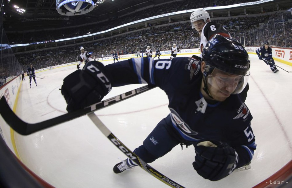 NHL  Slovenský hokejista Daňo sa vracia do Winnipegu Jets 7d07d484e5
