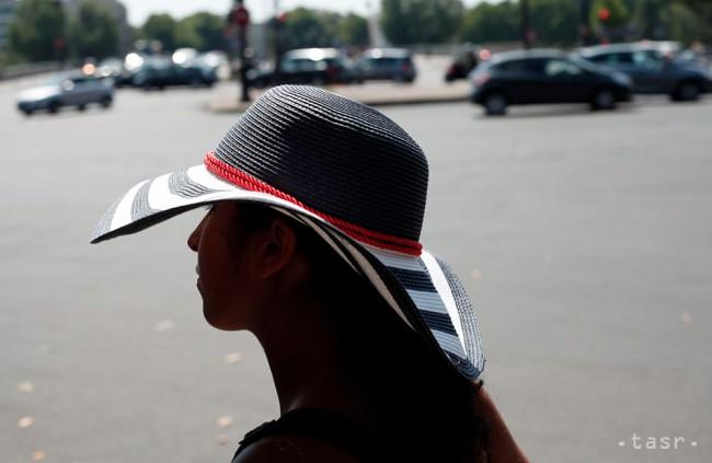 Držte si klobúky! Zachránia vaše vlasy pred vypadávaním