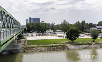 Predvianočnú atmosféru v Bratislave dotvára zimná edícia Tyršáku