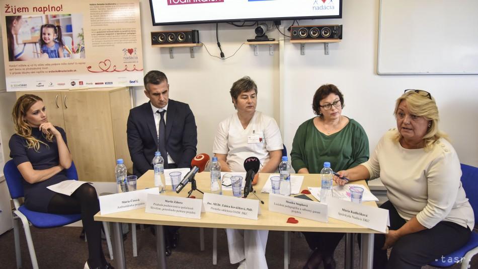 cf39cee7bb88 ... primárka Oddelenia anesteziológie a intenzívnej medicíny Detského  kardiocentra Ľubica Kováčiková