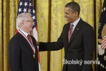 Univerzitu Komenského navštívil slovenský vedec, ocenený B. Obamom