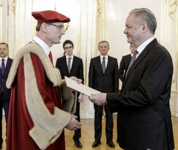 Slovenskú technickú univerzitu už vedie M. Fikar