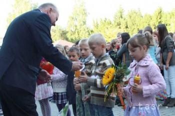 Prvákov z Bojníc privítali v novom školskom roku opäť s medom