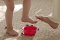 Len málo rodičov malo záujem liečiť plochú nohu svojich detí
