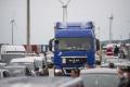 Kamióny môžu premávať najbližšiu nedeľu, povolil to policajný zbor