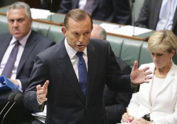 Austrálski politici dostali značkové hodinky,pokladali ich za imitáciu