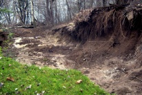 Zosuv pôdy