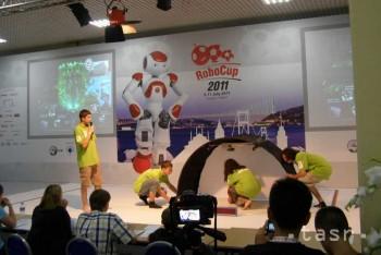 Súťažné roboty budú na gymnáziu tancovať a hrať futbal
