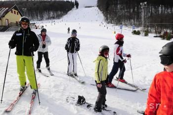 Snehové správy: Lyžovačka je možná vo vyše 80 strediskách