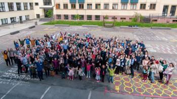 Stretla sa rodina absolventov Filozofickej fakulty KU v Ružomberku