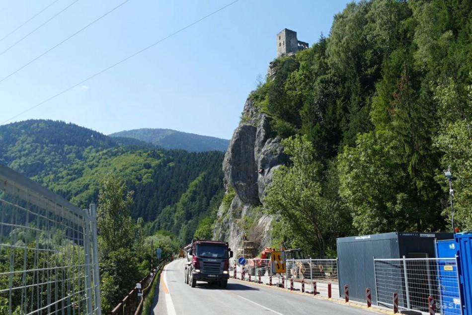 87595b34a OOCR: Uzávera cesty pod Strečnom spôsobí značný odlev turistov v Turci