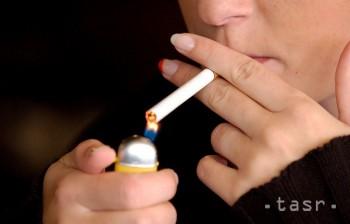 Dali by ste dieťaťu cigaretu? Mnohí áno