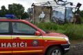 Liptovskí hasiči bojovali s požiarom senníka dve hodiny