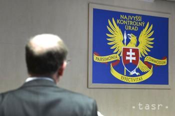 NKÚ SR: Obchodná akadémia v Košiciach právne služby nepotrebovala