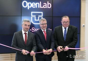 Košice:Na FEI TUKE otvorili OpenLab pre hravé vzdelávanie v oblasti IT