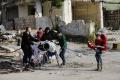 SOHR: Počet obetí náletov v sýrskej provincii Idlib stúpol na 52