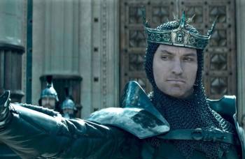 KINO NOVINKY TÝŽDŇA: Kráľ Artuš: Legenda o meči a Lady Macbeth
