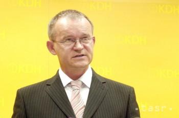 BROCKA: Eurofondy na podporu opatrovania dostali aj agentúry bez praxe